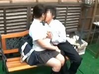 学生カップルのイチャイチャ野外セックスは立ちバックで中出し