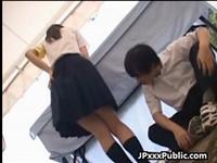 学校の文化祭で委員長が男子にエッチな悪戯をされまくる