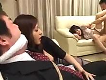 若い夫婦がパートナーの目の前で寝取られ犯される悲惨なレイプ現場