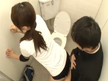 思春期の男子学生には刺激が強すぎた女子バレー部員のエッチな身体
